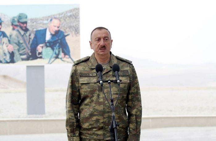 """Ali Baş Komandana yazırlar:    """"Sizin döyüş əmrinizi gözləyirik"""""""
