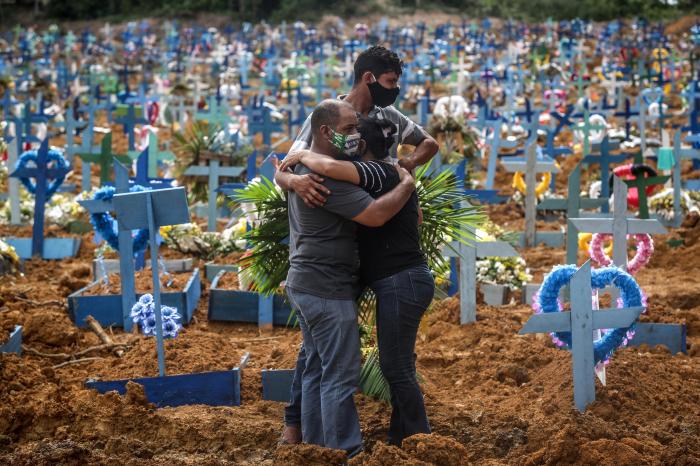 Braziliyada bir gündə 602 nəfər koronavirusdan öldü