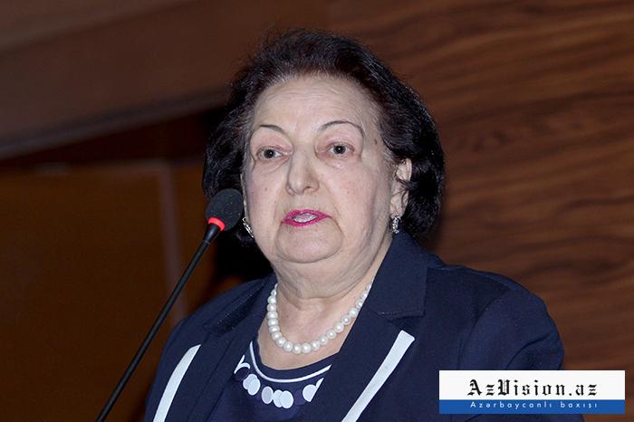 Elmira Süleymanovaya Prezidentin fərdi təqaüdü verildi