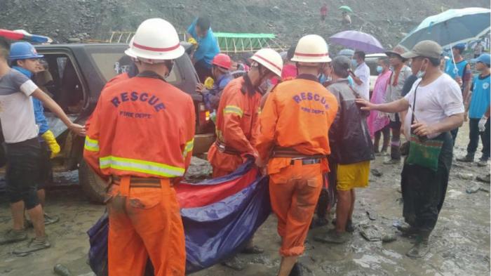 Plus de 100 morts dans un glissement de terrain Birmanie