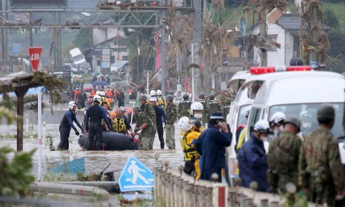 Japan: Dozens dead, missing in floods -   NO COMMENT