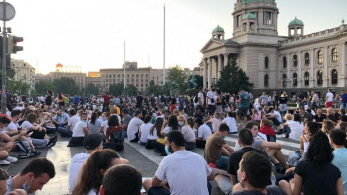 Erneute Proteste in Serbien gegen Corona-Restriktionen