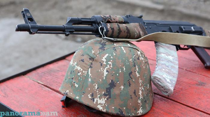 Ermənistan ordusunun hərbçisi   -