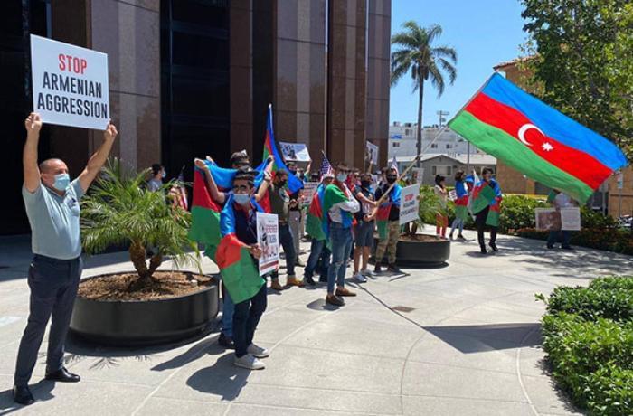 Los-Anceles meri azərbaycanlılara qarşı hücumları pislədi
