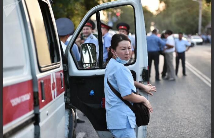 Qırğızıstanda 1287 tibb işçisi virusa yoluxdu