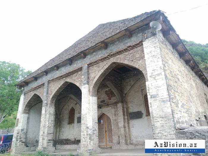 4 əsrlik tarixi olan Ulu məscid -  FOTOREPORTAJ
