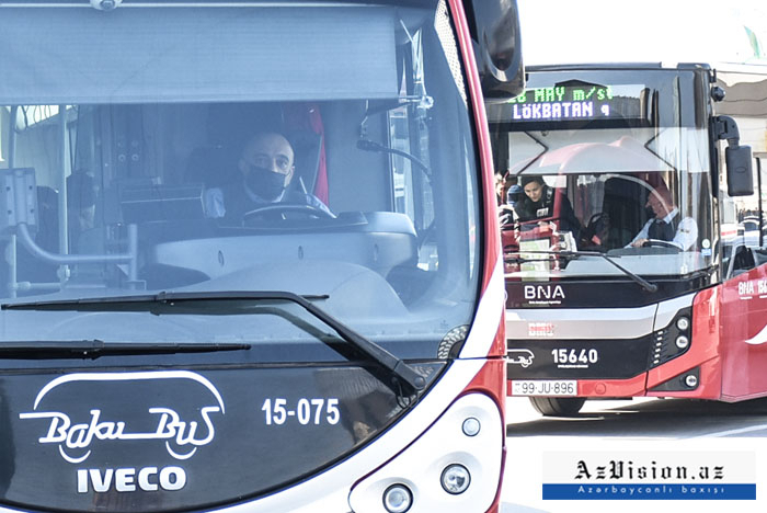 Bəzi istiqamətlərdə xəttə əlavə avtobuslar buraxıldı