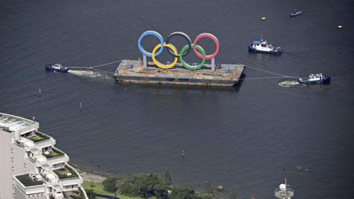 Olympische Ringe für 2021 in der Inspektion