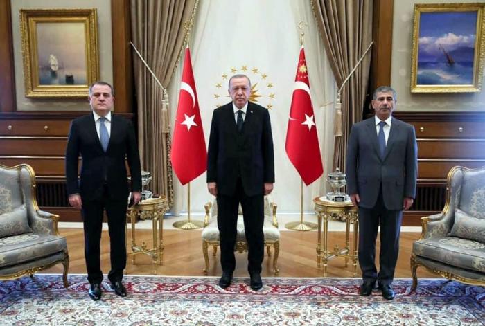 Le ministre azerbaïdjanais de la Défense est en visite de travail en Turquie