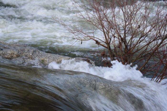 Güclü külək əsib, çaylardan sel keçib -    Faktiki hava