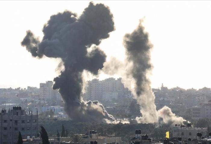 İsrail Qəzzaya hava zərbələri endirdi