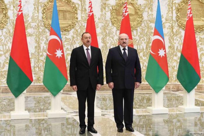 İlham Əliyev Lukaşenkoya məktub göndərdi