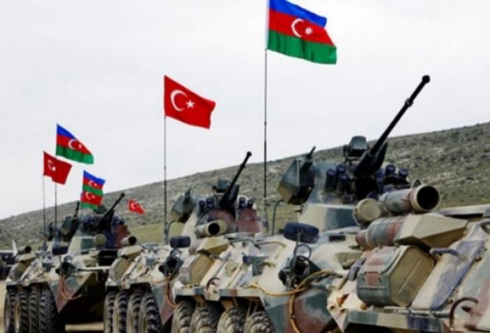 تدريبات مشتركة بين أذربيجان وتركيا تجرى في ناخشيفان -   فيديو