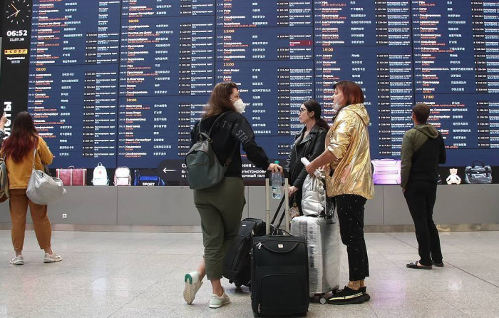 Russia considers fully resuming int'l air travel since Aug. 11