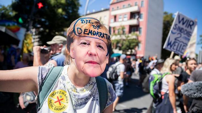 Polizei beendet Berliner Corona-Demo
