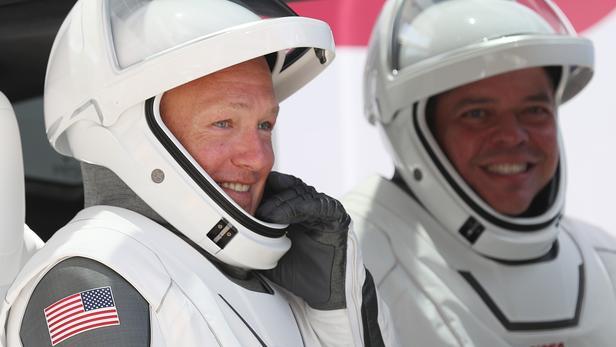 SpaceX:   Les deux astronautes américains en route pour la Terre