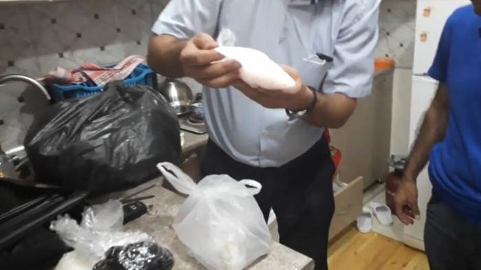 10 kq narkotik vasitə dövriyyədən çıxarıldı -    FOTOLAR