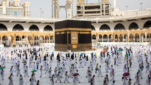 Arabia Saudí recibe los 10.000 elegidos de Alá para peregrinar a La Meca