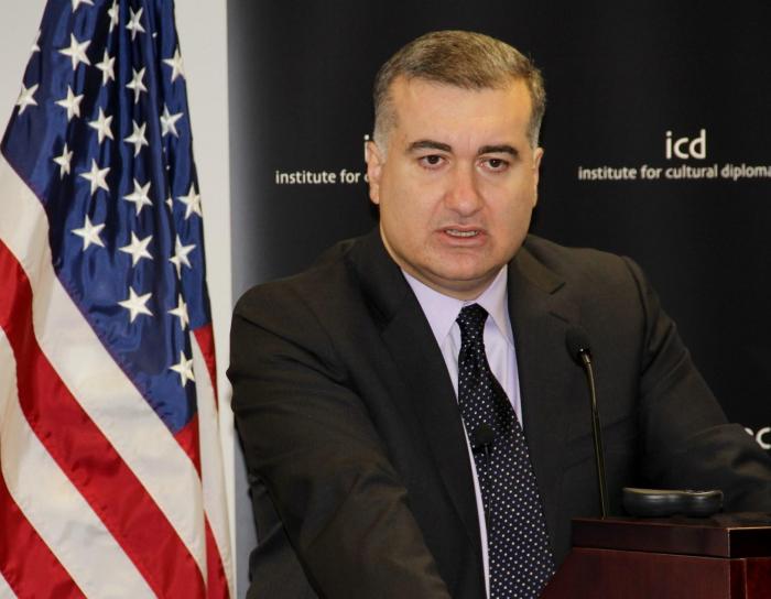 """Elin Suleymanov:   """"Armenia daña el proceso de conversaciones"""""""