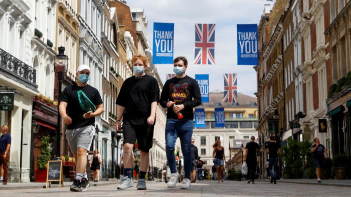 Autoridades locales británicas podrán ordenar el derribo de edificios como último recurso para detener el covid-19