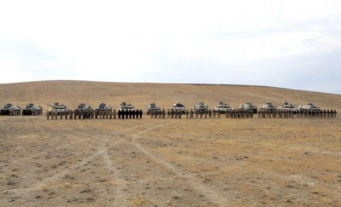 Se efectuan varios elementos en los ejercicios conjuntos entre Azerbaiyán y Turquía -   VIDEO