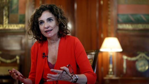 Montero niega que haya habido conversación entre el Gobierno español y la Casa del Rey