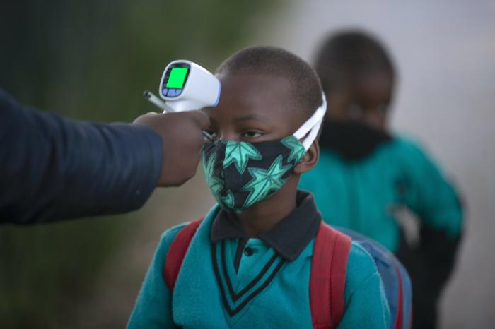 África alcanza el millón de casos confirmados de covid-19