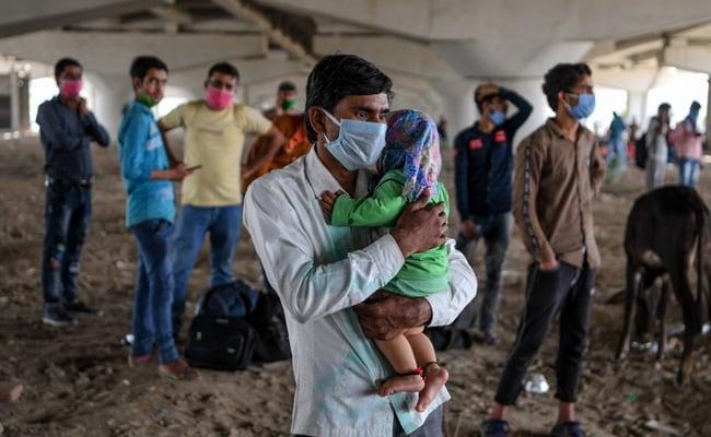 COVID-19 cases climb to 2 million in India