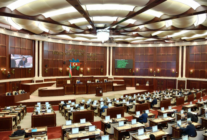 Azerbaijani parliament approves amendments to 2020 state budget