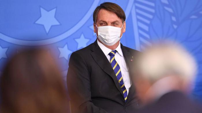 Covid-19 au Brésil:Bolsonaro a déclare avoir «la conscience tranquille»