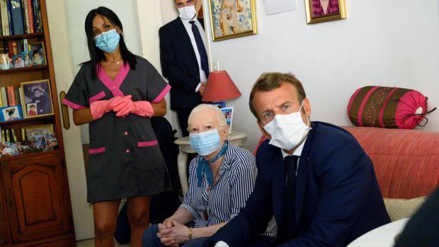 Macron redobla la respuesta al Covid-19 bajo la sombra de cerrar las fronteras con España