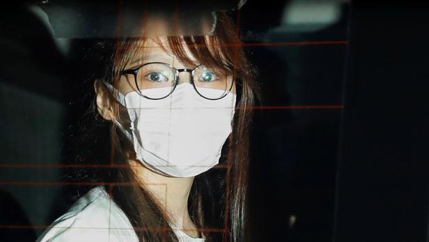 Hongkong:   la militante Agnes Chow arrêtéeavec neuf autres personnes