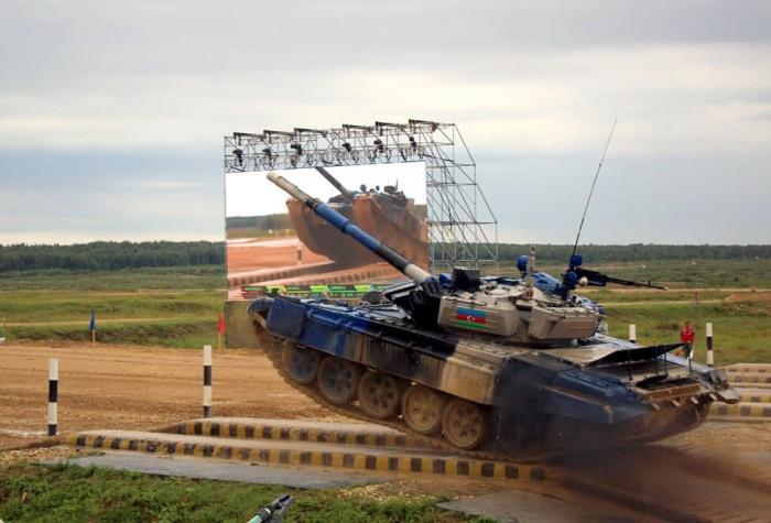 Des militaires azerbaïdjanais sont partispour la Russie