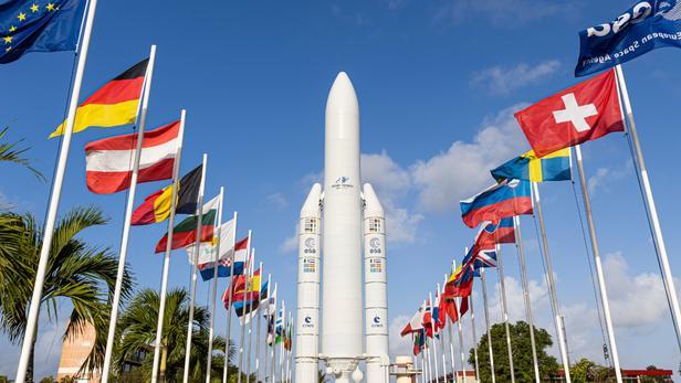 Le lancement dela fusée Ariane 5 de nouveau reporté