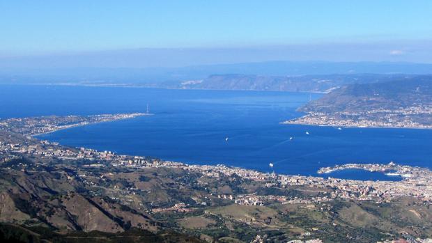 Italia planea construir un túnel en el estrecho de Mesina para unir Sicilia y la Península