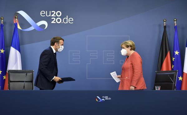Macron recibirá a Merkel el 20 de agosto