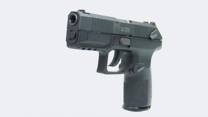 Rusia presenta la pistola semiautomática Poloz, diseñada específicamente para la Policía
