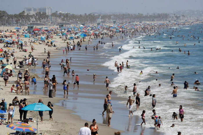 California heat spurs first rolling power outages since2011
