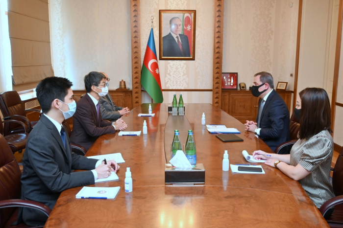 Incoming Japanese ambassador presents copy of his credentials to Azerbaijani FM
