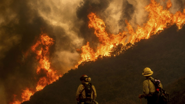 Calif. firefighters work to contain raging wildfires amid heatwave -  NO COMMENT