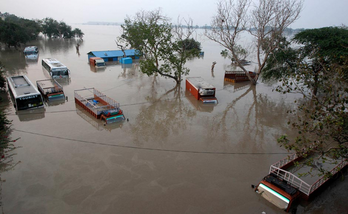 Floods hit New Delhi as death toll from South Asia monsoon nears 1,300
