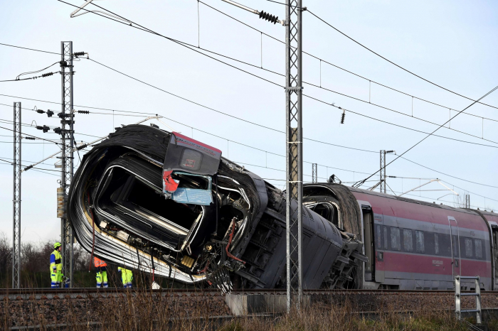 One injured as train derails in northern Italy