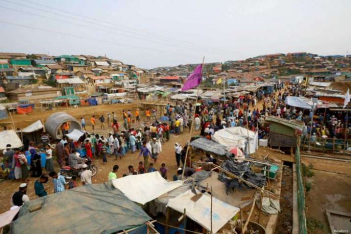 Bangladesh soon torestore internet access toa million Rohingya