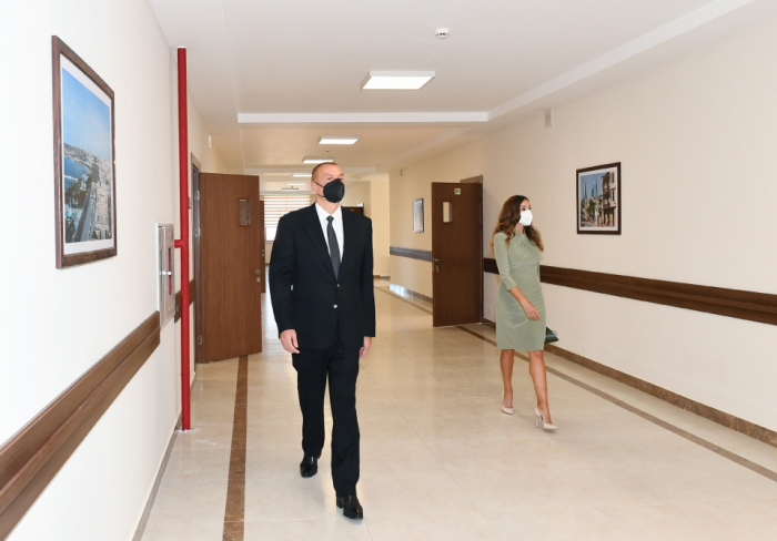 President Ilham Aliyev and first lady Mehriban Aliyeva inauguratenew school building in Baku