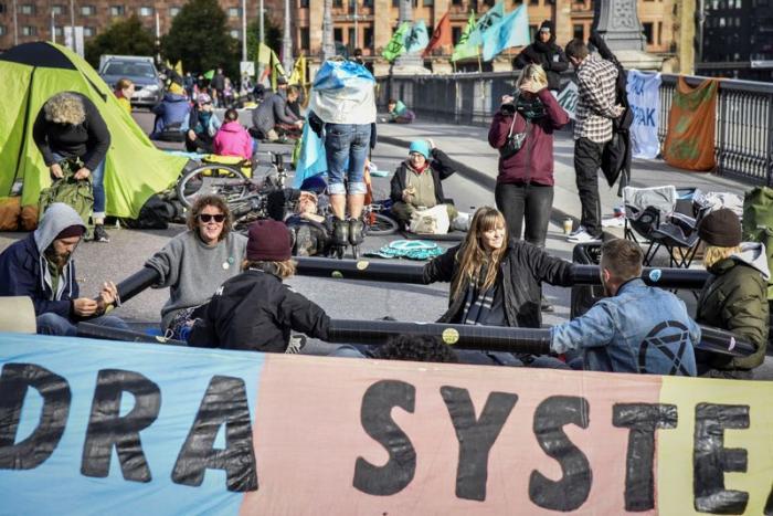 Climate demonstrations in Stockholm broke up bySwedish police
