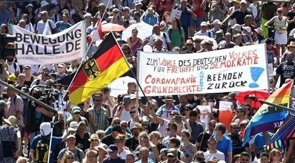 إحتجاجات في شتوتغارت على قيود كورونا