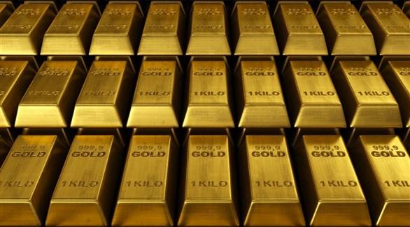 الذهب تراجع بعد صعود الدولار
