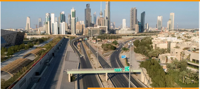 في الكويت يغادرون دون عودة 100 ألف مقيم
