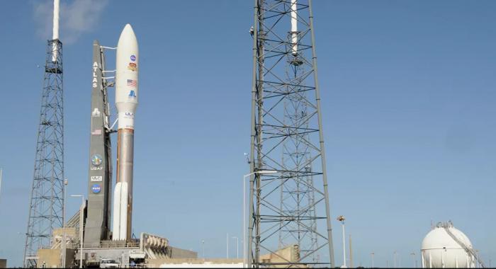 """""""سبيس إكس"""" تجري اختبارات الطيران للنموذج الأولي لصاروخ لاستعمار المريخ"""