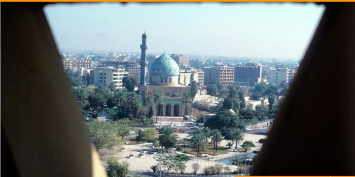 في بغداد تضرب هزة أرضية